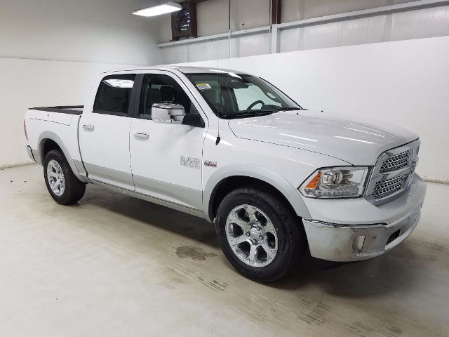 2017 Ram 1500 Crew Cab Pickup #17381-1 - photo 3