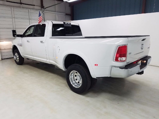 2017 Ram 3500 Crew Cab DRW 4x4 Pickup #17394-1 - photo 5