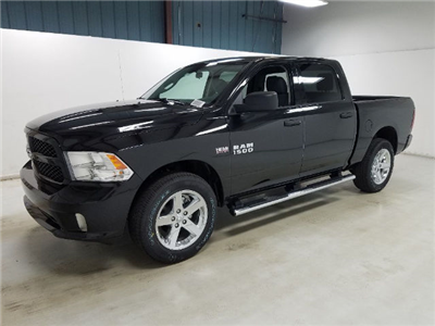 2017 Ram 1500 Crew Cab 4x4, Pickup #17608-1 - photo 1