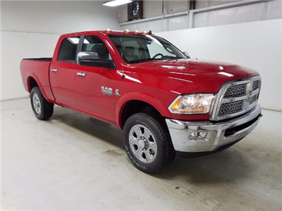 2017 Ram 2500 Crew Cab 4x4 Pickup #17704-1 - photo 3