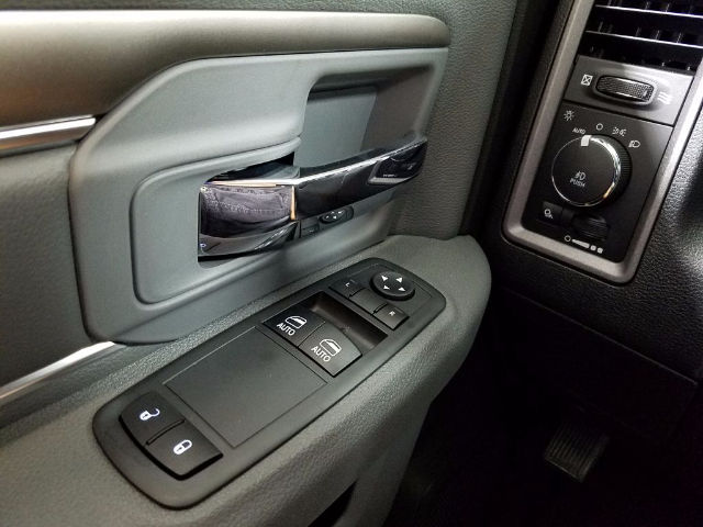 2017 Ram 1500 Regular Cab 4x4 Pickup #17706-1 - photo 18