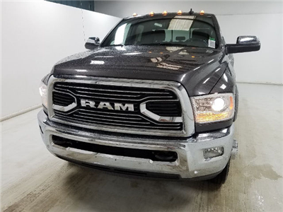2017 Ram 3500 Crew Cab DRW 4x4, Pickup #17745-1 - photo 7