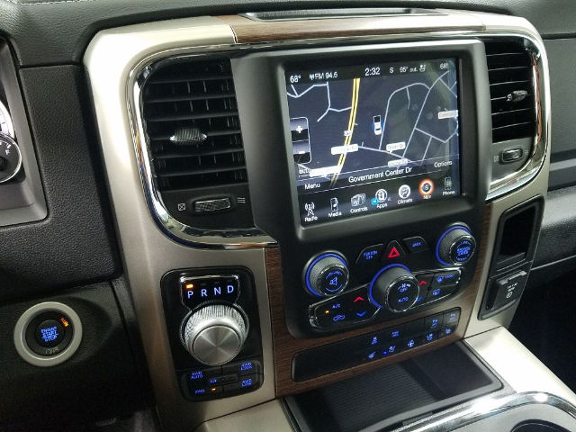 2017 Ram 1500 Crew Cab 4x4 Pickup #17774-1 - photo 17