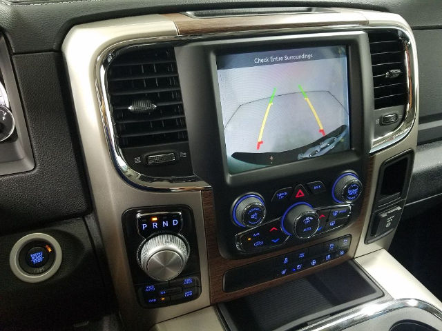 2017 Ram 1500 Crew Cab 4x4 Pickup #17774-1 - photo 18