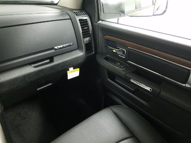 2017 Ram 2500 Crew Cab 4x4 Pickup #17789-1 - photo 13