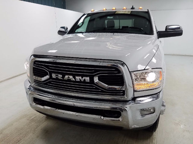 2017 Ram 3500 Crew Cab DRW 4x4, Pickup #17800-1 - photo 7