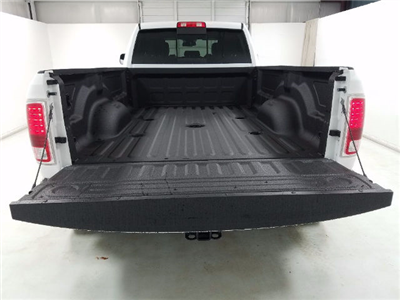 2017 Ram 3500 Crew Cab DRW 4x4, Pickup #17800-1 - photo 6