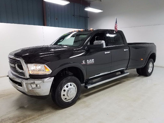 2017 Ram 3500 Crew Cab DRW 4x4, Pickup #17801-1 - photo 6