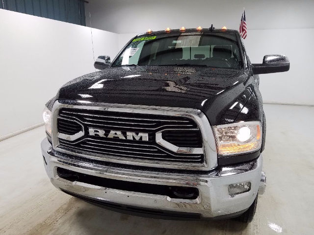 2017 Ram 3500 Crew Cab DRW 4x4, Pickup #17801-1 - photo 7
