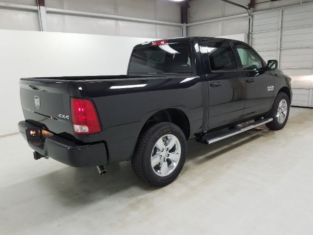 2017 Ram 1500 Crew Cab 4x4 Pickup #17825-1 - photo 4