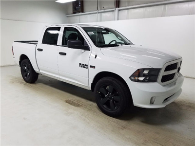 2017 Ram 1500 Crew Cab Pickup #17974-1 - photo 3