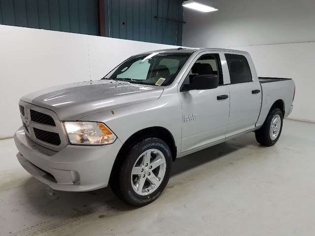 2018 Ram 1500 Crew Cab 4x2,  Pickup #18031-1 - photo 1