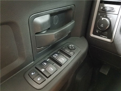 2018 Ram 1500 Crew Cab 4x2,  Pickup #18063-1 - photo 21