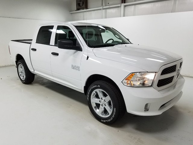 2018 Ram 1500 Crew Cab 4x4,  Pickup #18103-1 - photo 3