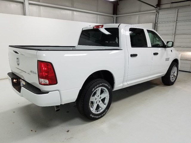 2018 Ram 1500 Crew Cab 4x4,  Pickup #18103-1 - photo 4