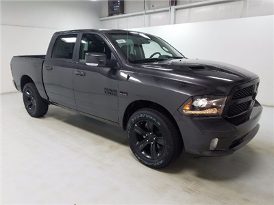2018 Ram 1500 Crew Cab 4x4, Pickup #18132 - photo 3