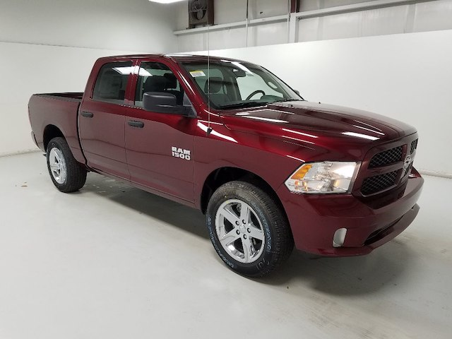 2018 Ram 1500 Crew Cab 4x4,  Pickup #18137-1 - photo 3