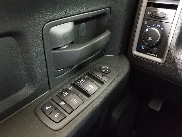 2018 Ram 1500 Crew Cab 4x4,  Pickup #18137-1 - photo 20