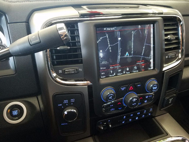 2018 Ram 2500 Crew Cab 4x4, Pickup #18149 - photo 13