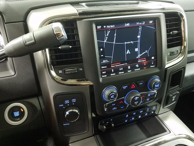 2018 Ram 2500 Crew Cab 4x4, Pickup #18150 - photo 17
