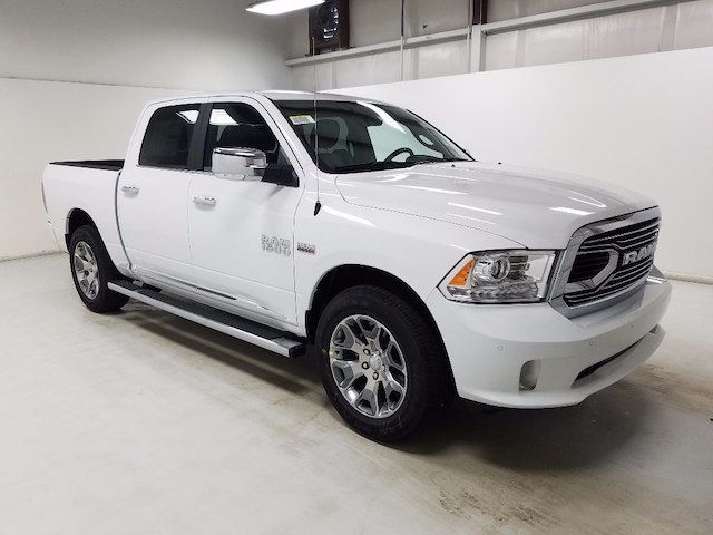 2018 Ram 1500 Crew Cab 4x4, Pickup #18167 - photo 3