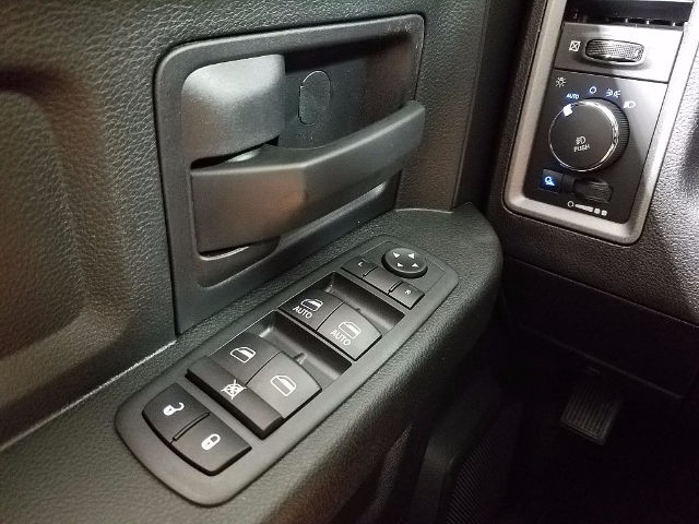 2018 Ram 1500 Quad Cab Pickup #18193 - photo 18