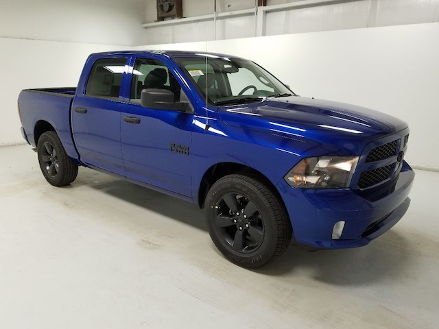 2018 Ram 1500 Crew Cab 4x2,  Pickup #18218-1 - photo 3
