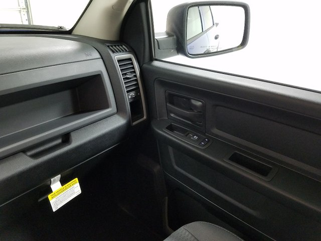 2018 Ram 1500 Crew Cab 4x2,  Pickup #18218-1 - photo 13
