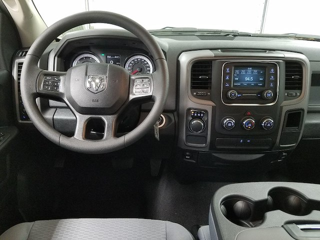 2018 Ram 1500 Crew Cab 4x2,  Pickup #18237-1 - photo 14