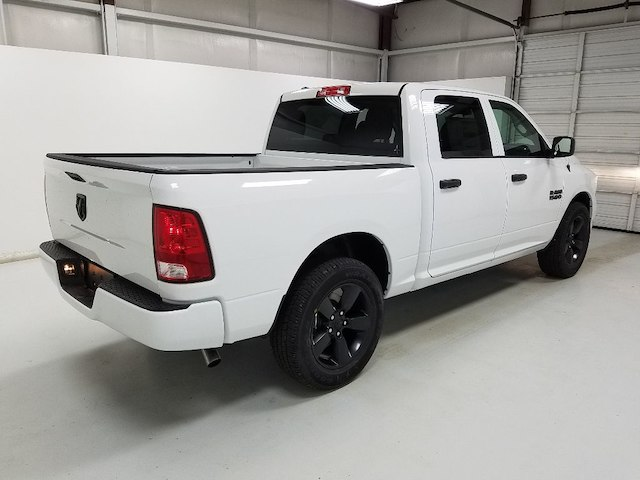 2018 Ram 1500 Crew Cab 4x2,  Pickup #18237-1 - photo 4