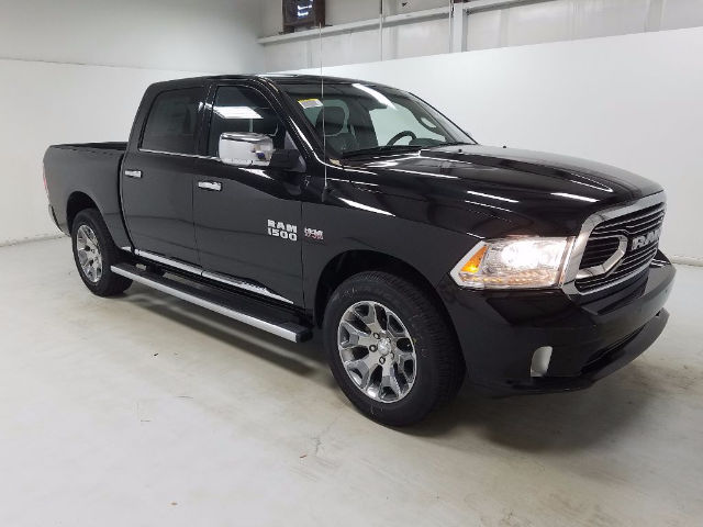 2018 Ram 1500 Crew Cab 4x4, Pickup #18259 - photo 3