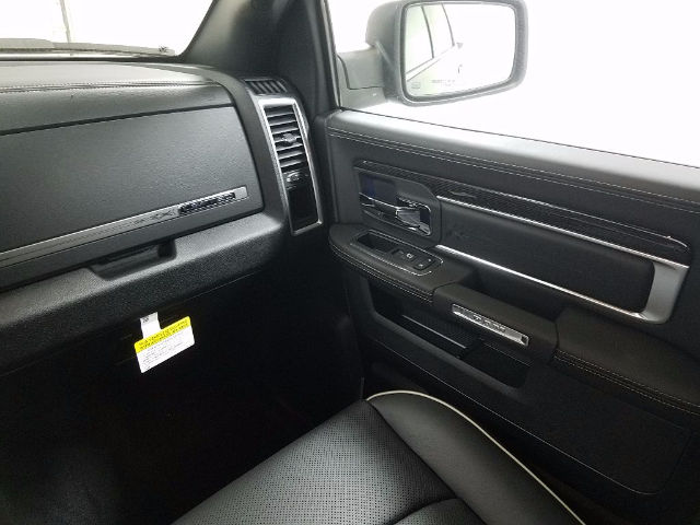 2018 Ram 1500 Crew Cab 4x4 Pickup #18259 - photo 13