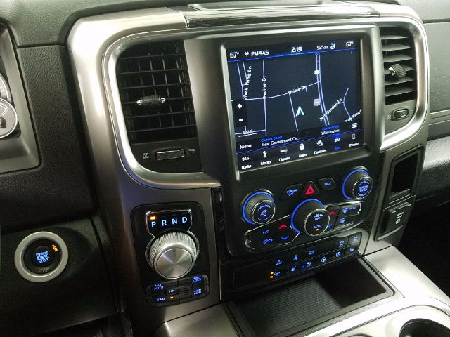 2018 Ram 1500 Crew Cab 4x4 Pickup #18259 - photo 17