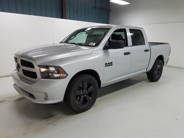 2018 Ram 1500 Crew Cab 4x2,  Pickup #18269-1 - photo 1