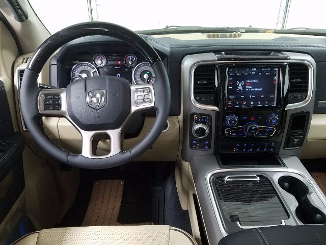 2018 Ram 1500 Crew Cab 4x4, Pickup #18342 - photo 15
