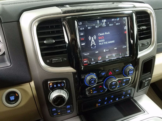 2018 Ram 1500 Crew Cab 4x4, Pickup #18342 - photo 16