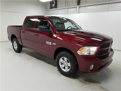 2018 Ram 1500 Crew Cab 4x4,  Pickup #18353-1 - photo 3