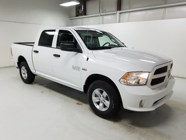 2018 Ram 1500 Crew Cab 4x4,  Pickup #18370-1 - photo 3