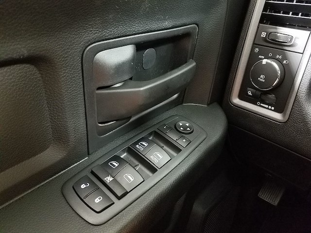 2018 Ram 1500 Crew Cab 4x4,  Pickup #18370-1 - photo 20
