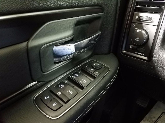 2018 Ram 1500 Crew Cab 4x4, Pickup #18512 - photo 23