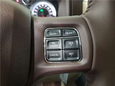 2018 Ram 1500 Crew Cab 4x4, Pickup #18518 - photo 19