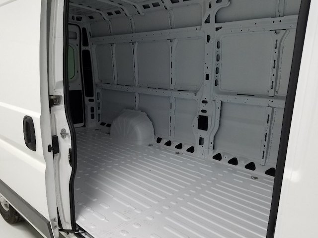 2018 ProMaster 3500 High Roof FWD,  Empty Cargo Van #18528-1 - photo 11