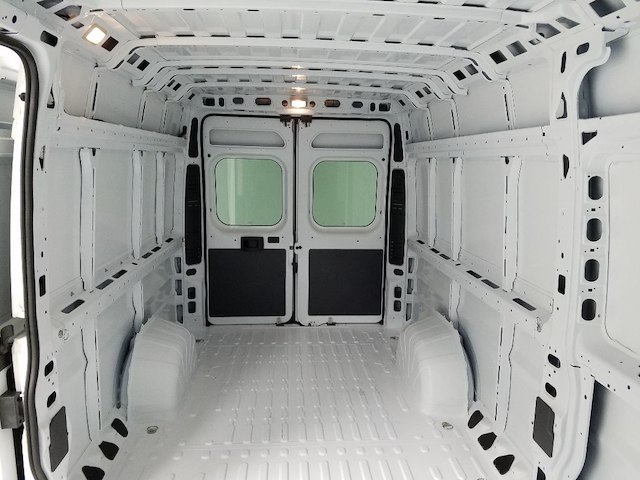 2018 ProMaster 3500 High Roof FWD,  Empty Cargo Van #18528-1 - photo 13