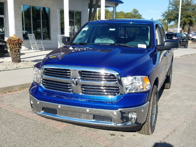 2018 Ram 1500 Quad Cab 4x4, Pickup #18590 - photo 4