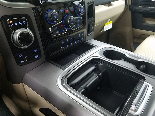 2018 Ram 1500 Crew Cab 4x4, Pickup #18591 - photo 19
