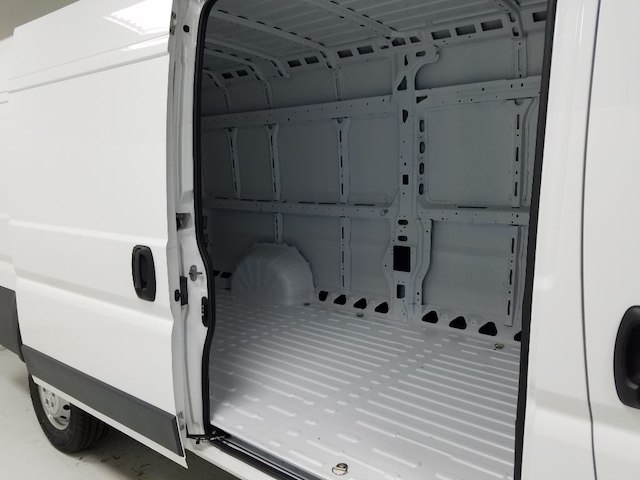 2018 ProMaster 3500 High Roof FWD,  Empty Cargo Van #18670-1 - photo 12