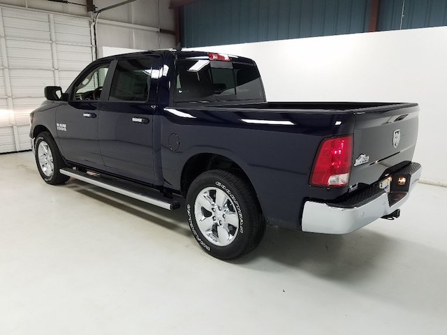2018 Ram 1500 Crew Cab, Pickup #18887 - photo 2
