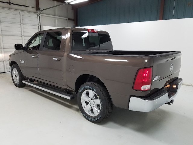 2018 Ram 1500 Crew Cab 4x2,  Pickup #18888 - photo 2