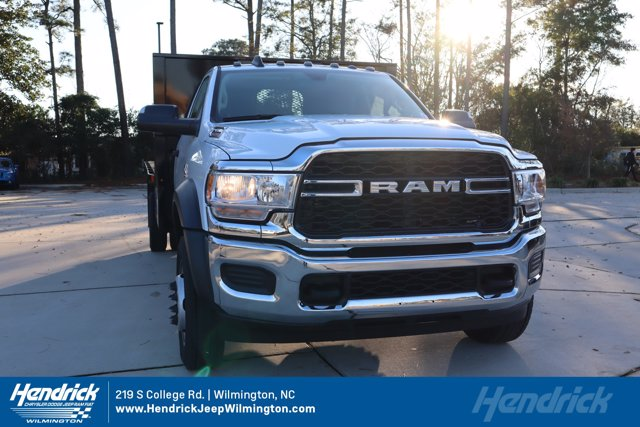 2019 Ram 5500 Regular Cab DRW 4x4, PJ's Platform Body #19048-2 - photo 1