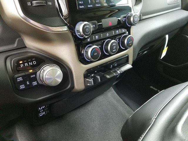 2019 Ram 1500 Crew Cab 4x4,  Pickup #19086 - photo 18